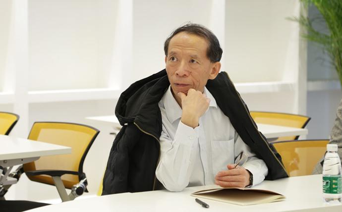 北京大学国家发展研究院党委书记教授胡大源