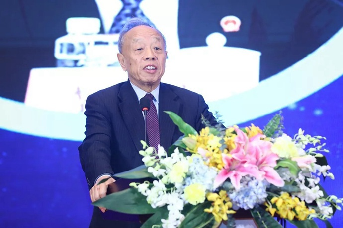 外交部原部长李肇星发表主题演讲