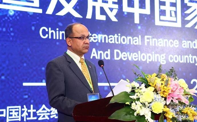 尼泊尔公使哈里茨依德拉吉米瑞发表主题演讲