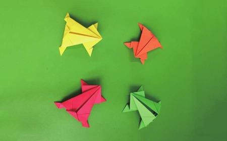 中班手工美术折纸青蛙教案