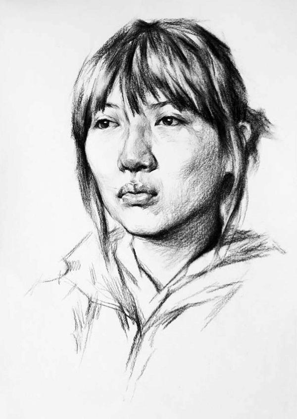 正脸素描人物头像的画法步骤三