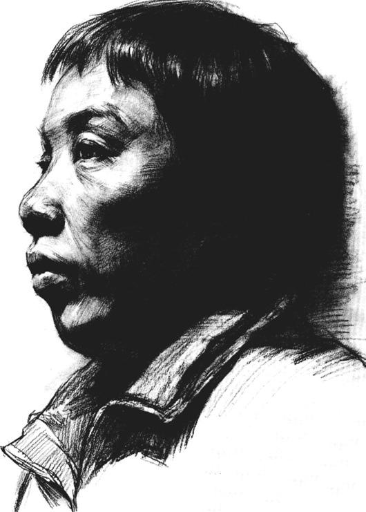 中年妇女素描头像的画法步骤六