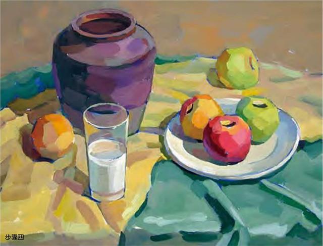 陶罐、白瓷盘、玻璃杯和水果的组合四