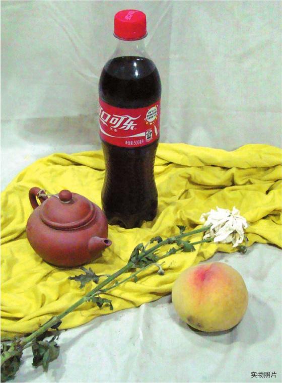 可口可乐茶壶水果组合图片